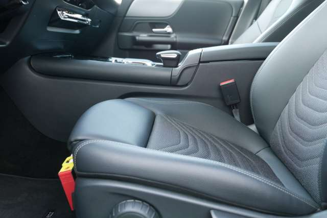Mercedes B 180 Automaat - GPS - Camera - Cruise controle - Touch 9/15