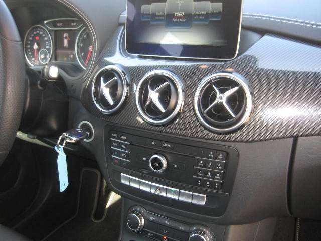 Mercedes B 180 EDITION AMG CAMERA LED LEDER 6/11