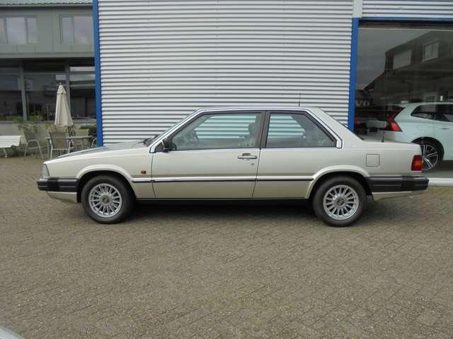 Volvo 780 2.8 Coupé Bertone zeer mooi originele staat 6/10