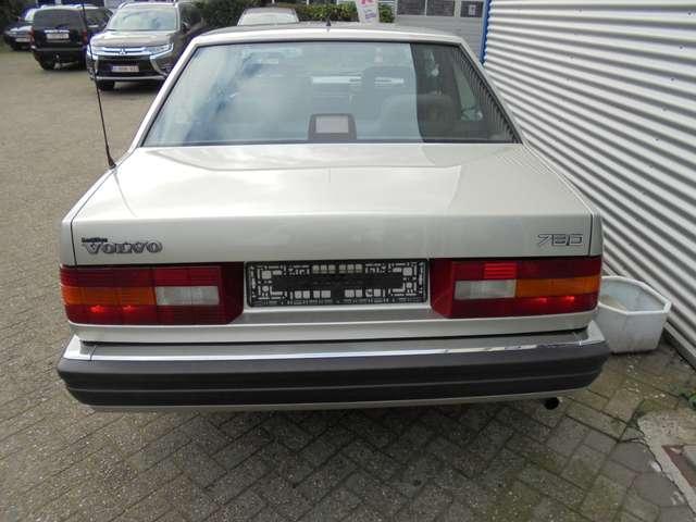 Volvo 780 2.8 Coupé Bertone zeer mooi originele staat 9/10