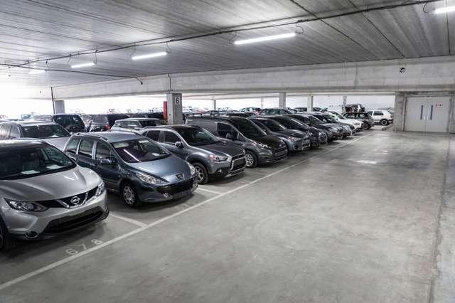 Renault Scenic 2.0 DCI 7PL. | EXPORT OU MARCHANDS UNIQUEMENT 2/15