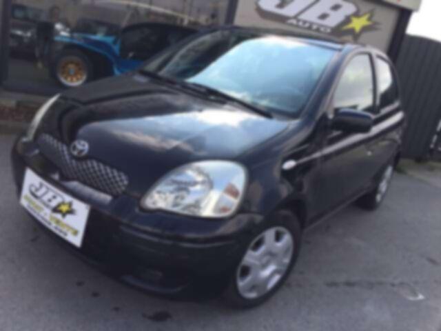 Toyota Yaris 1.3i VVT-i PRET A IMMATRICULER!!!