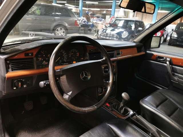 Mercedes 190 2.5 16V 7/13