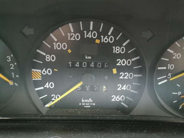 Mercedes 190 2.5 16V 13/13