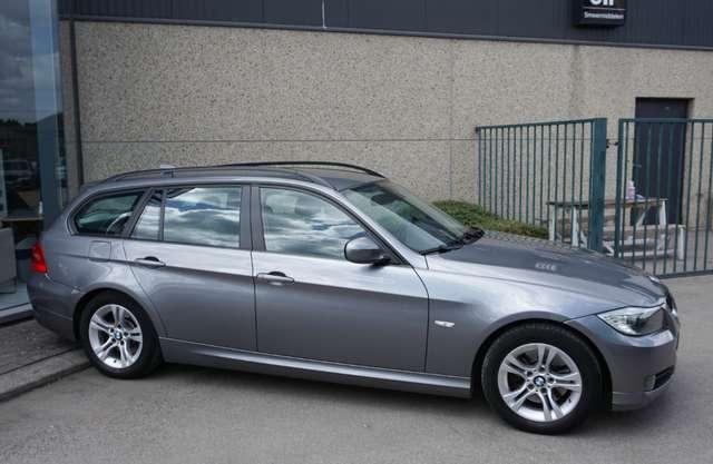 BMW 318 D Euro 5/ Navi/Leder/80Dkm/**Garantie** 2/15