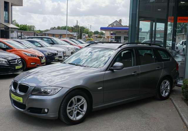 BMW 318 D Euro 5/ Navi/Leder/80Dkm/**Garantie** 4/15