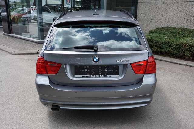 BMW 318 D Euro 5/ Navi/Leder/80Dkm/**Garantie** 6/15