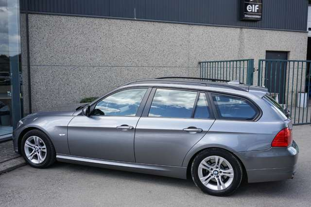 BMW 318 D Euro 5/ Navi/Leder/80Dkm/**Garantie** 7/15