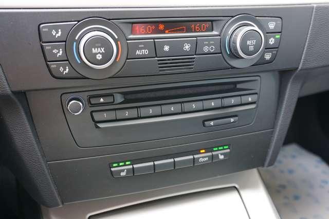 BMW 318 D Euro 5/ Navi/Leder/80Dkm/**Garantie** 14/15