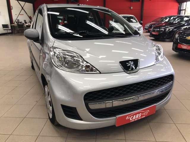 Peugeot 107 1.0i Urban Move**AIRCO**5-DEURS**SERVO*ELEC-RUITEN 3/12