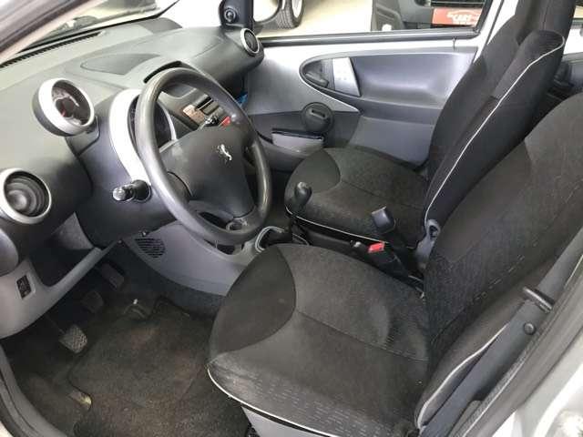 Peugeot 107 1.0i Urban Move**AIRCO**5-DEURS**SERVO*ELEC-RUITEN 11/12