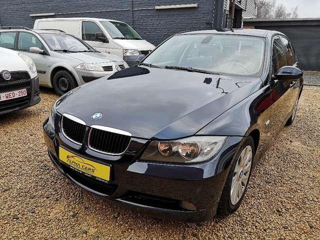 BMW Série 3 i *GARANTIE 12 MOIS* 1/13