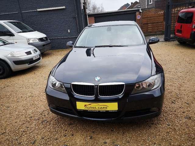 BMW Série 3 i *GARANTIE 12 MOIS* 2/13