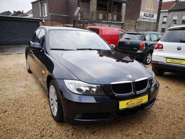 BMW Série 3 i *GARANTIE 12 MOIS* 3/13