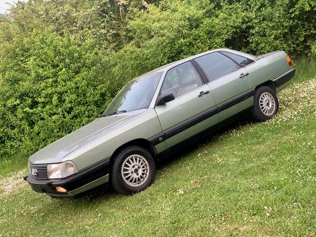 Audi 100 2.2i 5 Cylindre ** Sport ** Oldtimer ** 2/11