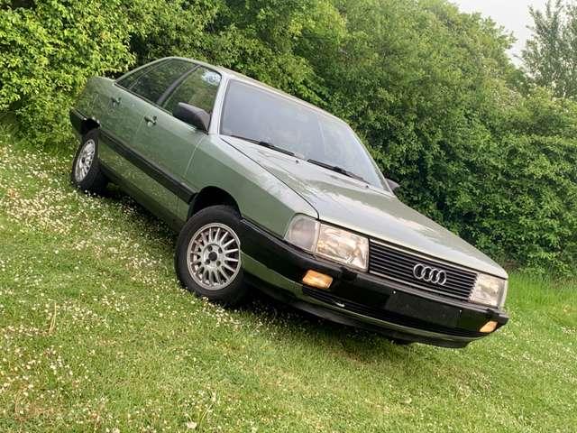 Audi 100 2.2i 5 Cylindre ** Sport ** Oldtimer ** 4/11