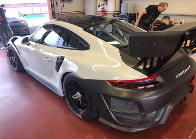 Porsche 911 3.8 GT2 RS CLUBSPORT Bi-Turbo PDK 2/7