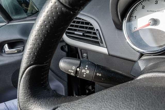 Peugeot 207 1.6 HDi Outdoor   Garantie 12M 13/15