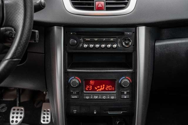 Peugeot 207 1.6i | Garantie 12M 10/15