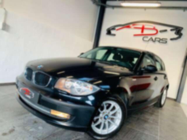 BMW 118 d * garantie 12 mois * 5 portes * clim *