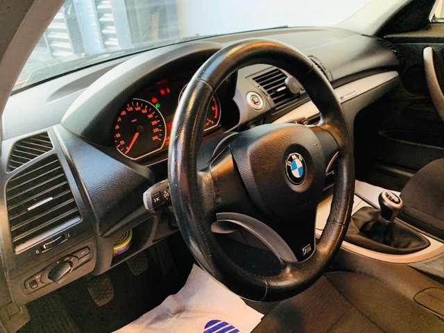 BMW 118 d * garantie 12 mois * 5 portes * clim * 10/13