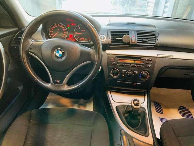 BMW 118 d * garantie 12 mois * 5 portes * clim * 12/13