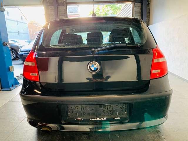 BMW 118 d * garantie 12 mois * 5 portes * clim * 13/13