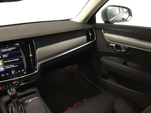 Volvo V90 Momentum Pro D3 Geartronic diesel 8/10