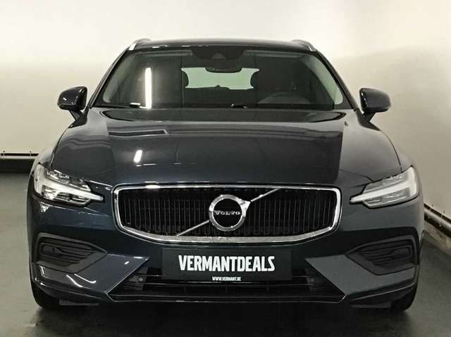 Volvo V60 Momentum Pro D3 3/10