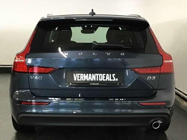 Volvo V60 Momentum Pro D3 4/10