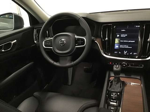 Volvo V60 CC Pro D3 AWD Geartronic 7/9