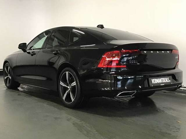 Volvo S90 R-Design D4 Geartronic 2/10