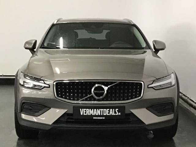 Volvo V60 Cross Country V60 Cross Country Pro D3 AWD Geartronic 3/10