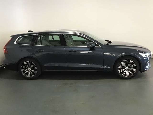 Volvo V60 Inscription D3 Geartronic 2/8