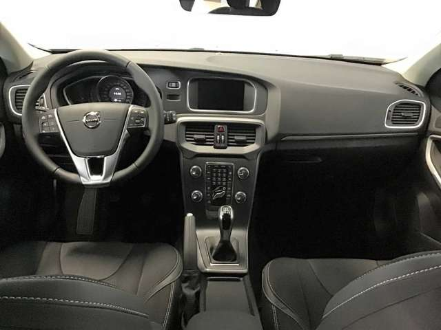 Volvo V40 Black Edition D2 5/8