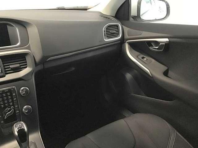 Volvo V40 Black Edition D2 8/8