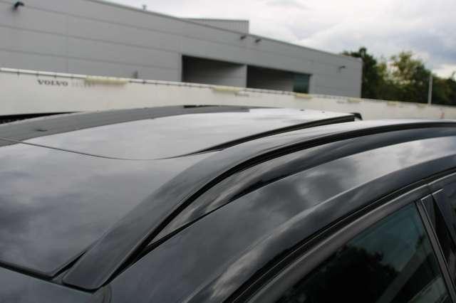 Volvo XC40 D4 AWD R-Design * SOLD * 4/15
