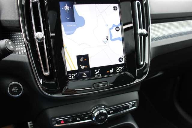 Volvo XC40 D4 AWD R-Design * SOLD * 12/15