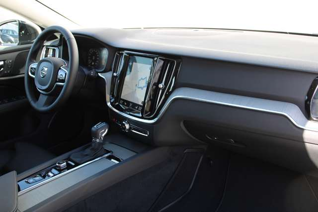 Volvo V60 2.0 D4 Inscription Automaat **150 kms ** 6/9