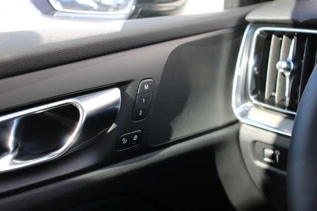 Volvo V60 2.0 D4 Inscription Automaat **150 kms ** 9/9