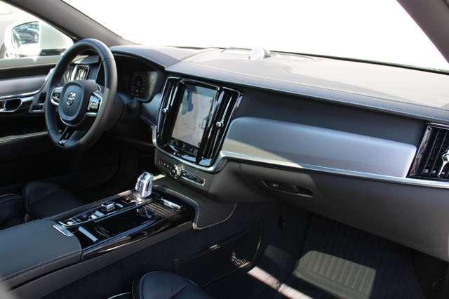 Volvo S90 T8 AWD R-Design * SOLD * 8/15