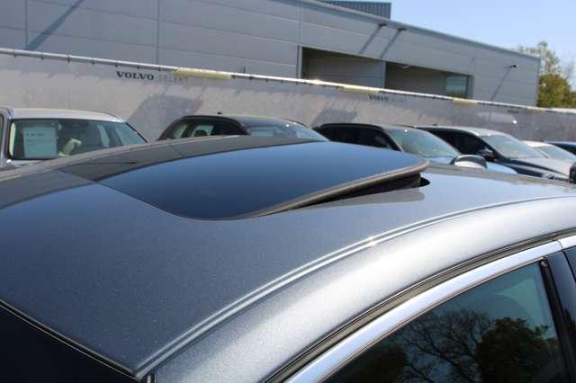 Volvo S90 T8 AWD R-Design * SOLD * 13/15