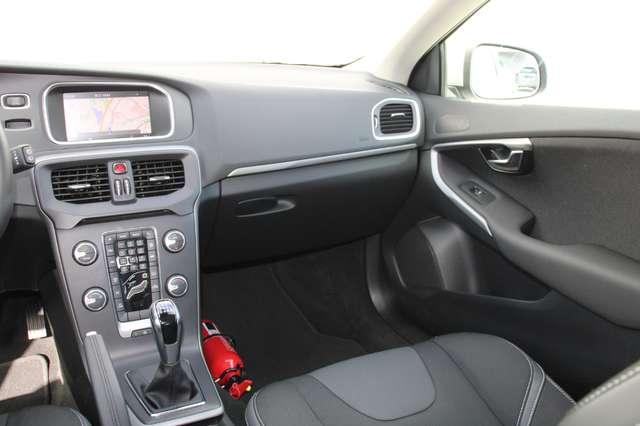 Volvo V40 2.0 D2 Black Edition 7/8