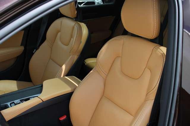 Volvo V90 2.0 D4 AWD Pro + PANO DAK !!! 3/15