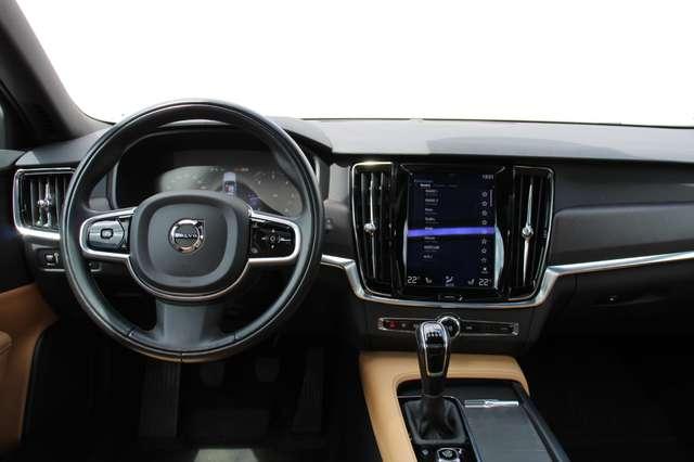 Volvo V90 2.0 D4 AWD Pro + PANO DAK !!! 4/15