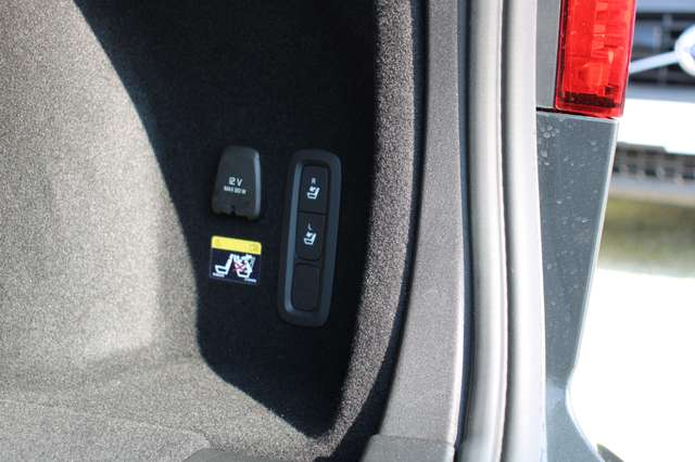 Volvo V60 2.0 T5 Inscription Automaat LUCHTVERING/PANO DAK.. 10/15