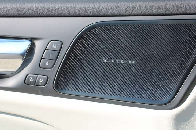 Volvo V60 2.0 T5 Inscription Automaat LUCHTVERING/PANO DAK.. 13/15