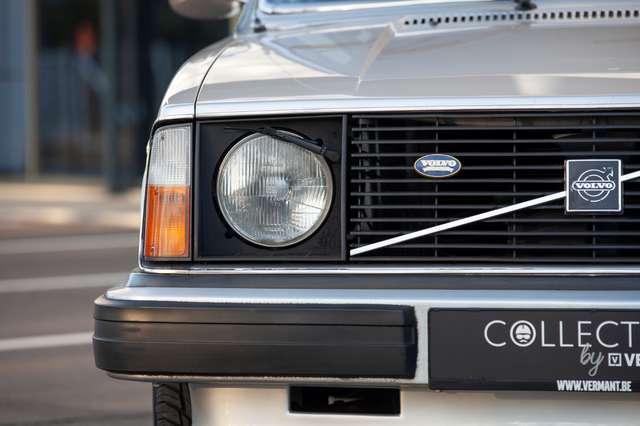 Volvo 244 DL - Anniversary Edition - Original condition! 6/15