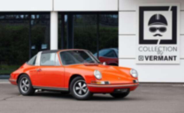 Porsche 911 T Targa - EU car - Nut and bolt restoration
