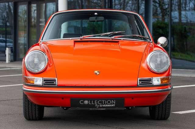 Porsche 911 T Targa - EU car - Nut and bolt restoration 4/15